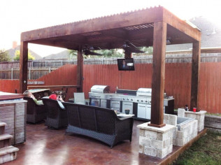 Outdoor Kitchen - Kemiko Stain