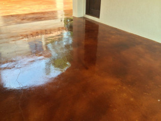 Stained Garage Floors & Carport