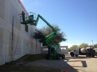 Power Washing Commercial Property