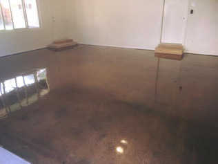 Simple diamond grind and sealed floor for a clean look